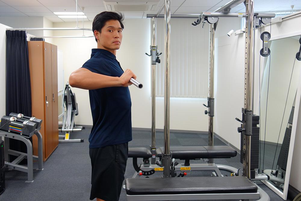 ベンチプレスの軌道を真っ直ぐにする練習方法 | 吉川メソッドスタッフのブログ